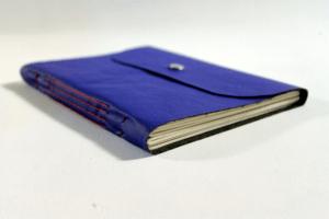 caderno-desenho-azul-costura-longstitch