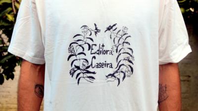 camiseta caseira