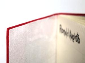 detalhe veludo subir ao mural vermelho